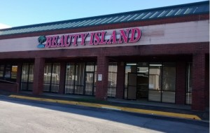Long Vacant Old Movie Gallery finally lands a tenant