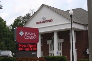 Bank of The Ozarks moves to new home on Hospital Dr.
